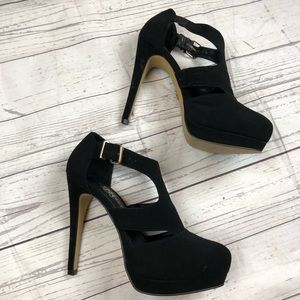 NWOT Rock & Republic platform heels